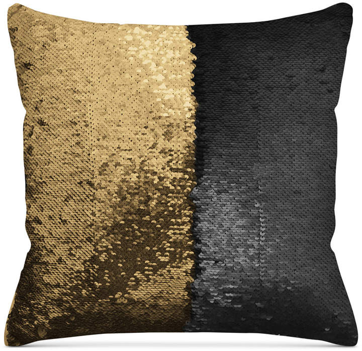 Update Your Home With Black And Gold www.toyastales.blogspot.com #ToyasTales #BlackandGold #homefurnishings #homedecor #interiorstyle #interiordecorating #fashionblogger