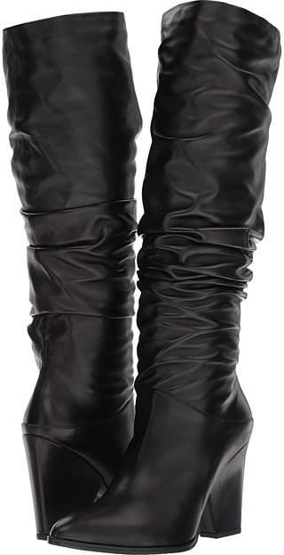 Stuart Weitzman - Smashing Women's Shoes