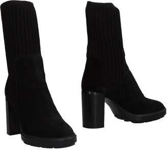 Aquatalia by Marvin K Ankle boots