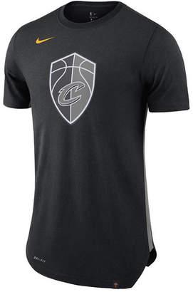 Nike Men's Cleveland Cavaliers Alternate Hem Short Sleeve T-Shirt