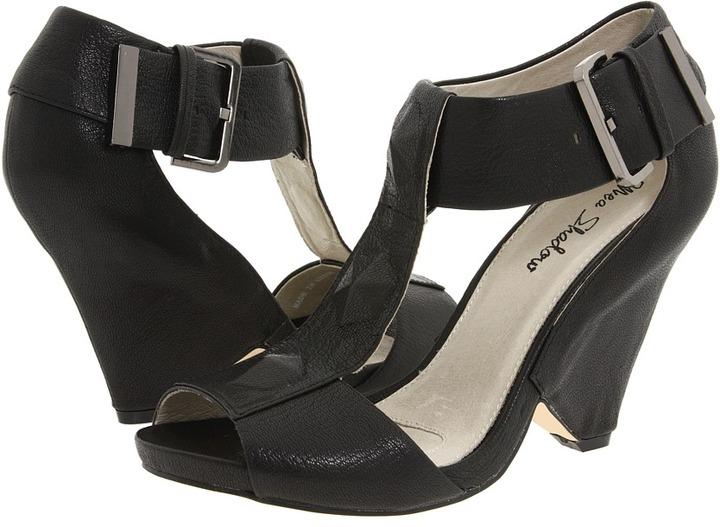 Mea Shadow Veronica (Black Distress) - Footwear