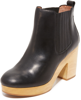 Madewell Marco Chelsea Booties $228 thestylecure.com