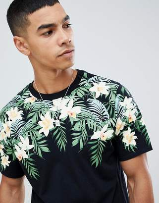 Pull&Bear t-shirt in black with floral print