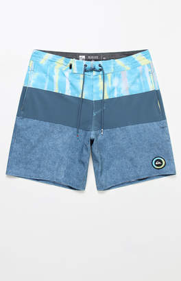 "Quiksilver Fortune 18"" Boardshorts"
