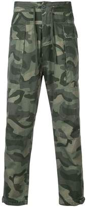 OSKLEN camouflage print trousers