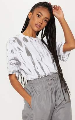 PrettyLittleThing White Tie Dye Oversized T Shirt