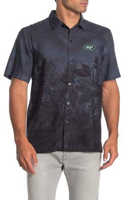 Tommy Bahama NFL Team Patch Floral Fade Short Sleeve Trim Fit Shirt