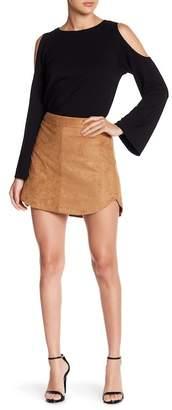 BB Dakota Velvet Style Skirt