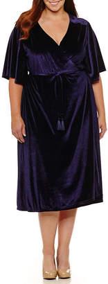 Boutique + + Short Sleeve Velvet Wrap Dress - Plus