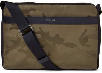 4953c4db741b Michael Kors Black Men's shoulder bags - ShopStyle
