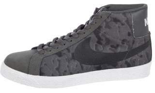 Nike SB Blazer Premium SE Tie Dye Sneakers w/ Tags