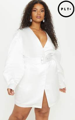 PrettyLittleThing Plus White Satin Balloon Sleeve Belted Shift Dress