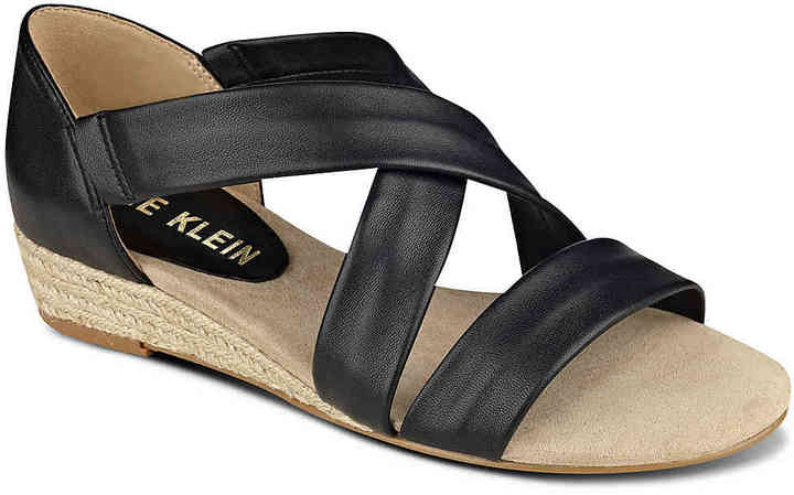 Anne Klein Women's Nicco Wedge Sandal -Gold Metallic