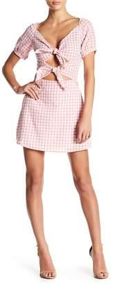 EMORY PARK Front Cutout Gingham Print Dress