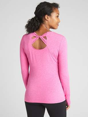 Gap Maternity GapFit Breathe Long Sleeve Cross-Back T-Shirt