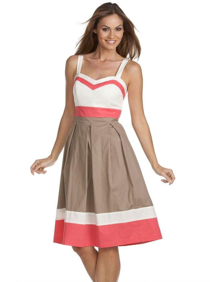 Jessica howard woman colorblock dress