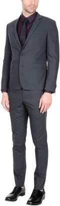 Hilton Suits