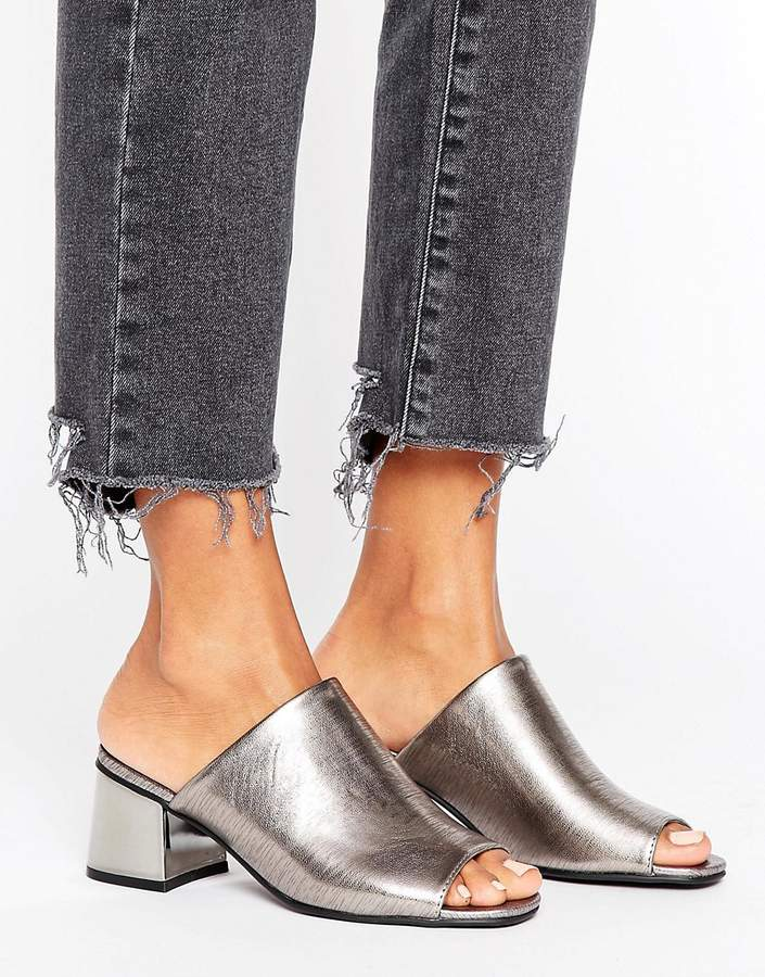 New Look Metallic Block Heeled Mule
