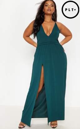 PrettyLittleThing Plus Emerald Green Plunge Split Leg Maxi Dress