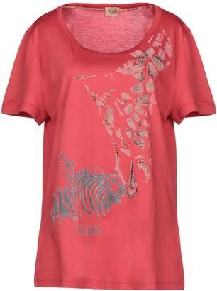 Alviero Martini T-shirts - Item 37958333VL