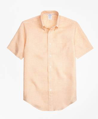 Brooks Brothers Regent Fit Gingham Irish Linen Short-Sleeve Sport Shirt