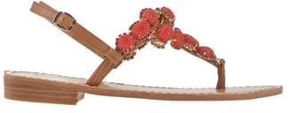 LE CAPRICCIOSE® Toe post sandal