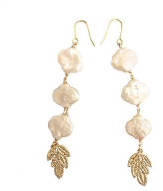 Farra - Flower Shaped Pearls Earrings