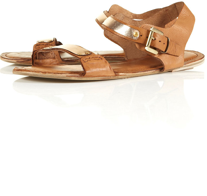 HALOGEN Softy Sandals