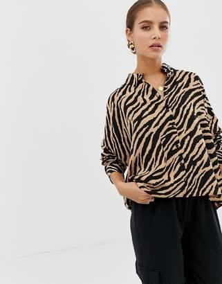 Asos Design DESIGN cropped long sleeve shirt in tiger animal print