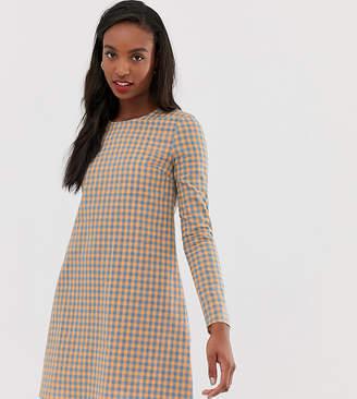 Glamorous Tall long sleeve shift dress in gingham