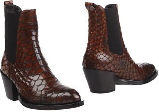 Elena Iachi Ankle boots - Item 11225416RA
