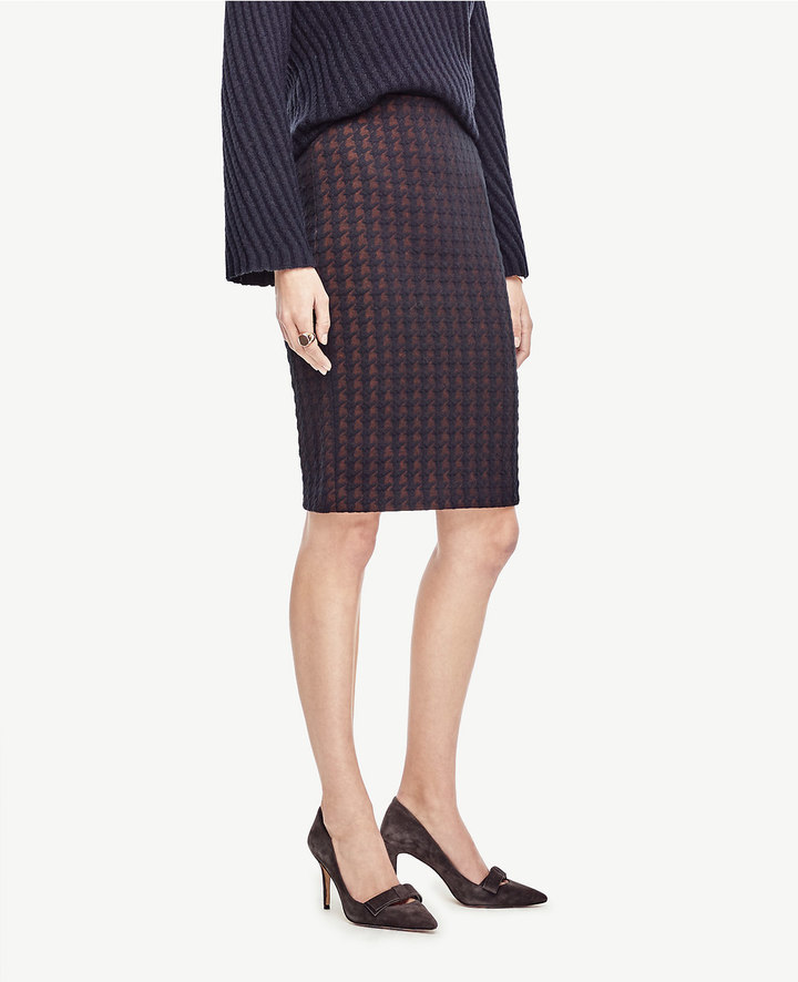 Ann TaylorPetite Quilted Houndstooth Pencil Skirt