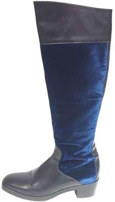 Balenciaga Leather riding boots