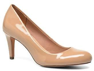 Clarks Women's Carlita Cove Rounded toe High Heels in Beige