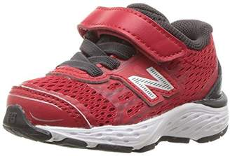 New Balance Boys' 680v5 Hook and Loop Running Shoe