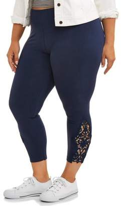 Laundry by Shelli Segal French Women's Plus Capri Legging with Side Lace Applique