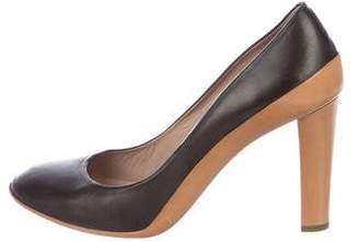 Chloé Leather Round-Toe Pumps