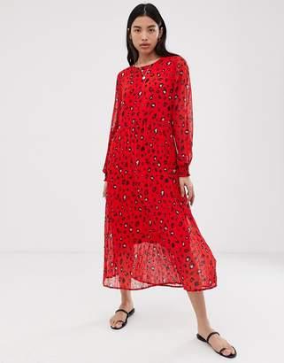 Selected floral plisse maxi dress