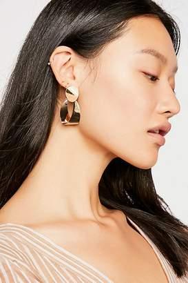 8 Other Reasons Spring Hoop Earrings