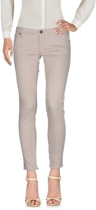 GUESS Casual pants - Item 13103627NM
