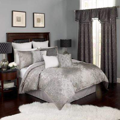 Chacenay 4-Piece Queen Comforter Set in Pewter