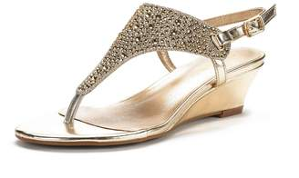 69a4459d7e4039 DREAM PAIRS Aditi New Women Fashion Wear Summer Rhinestone Thong Design Low  Wedge Sandals Gold Size