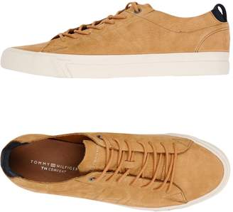 Tommy Hilfiger Low-tops & sneakers - Item 11417558