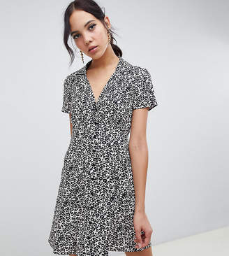 c444da4942 Asos Tall DESIGN Tall button through mini skater dress in leopard print