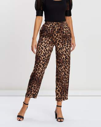 Atmos & Here Olivia Woven Soft Joggers
