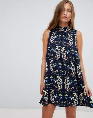 Gilli floral print sleeveless shift dress