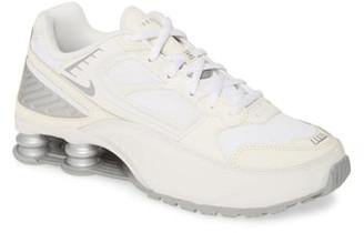 Nike Enigma Sneaker
