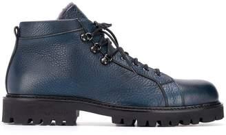 Baldinini pebbled laced boots