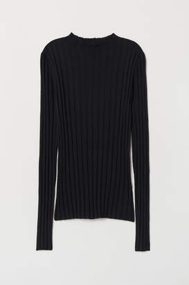 H&M Fine-knit Merino Wool Sweater
