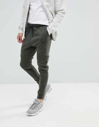 Nike Tech Fleece Joggers In Slim Fit In Green 805162-355
